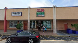 The Old School New York-Style Pizza Place, Valentino's, Is Tucked Away Inside A Florida Mall