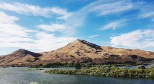 Escape To Deer Flat Refuge For A Beautiful Idaho Nature Scene