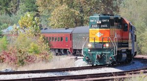 The Hiwassee Loop Train Excursion Offers Some Of The Most Breathtaking Views In Tennessee