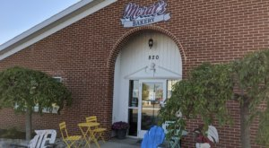The Fantastically Delicious Fritters At Morat's Bakery In Michigan Will Knock Your Socks Off