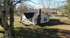 The Tellico Farm Cottage In East Tennessee Is The Perfect Country Escape With Stunning Views