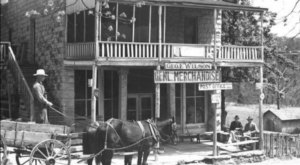 Beaver Town Inn In Arkansas Has Been Around For Over 100 Years