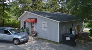 This Tiny Roadside Burger Shack In South Carolina Is Mouthwateringly Good