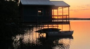 Forget The Resorts, Rent This Charming Waterfront House on Lake Wabaunsee In Kansas Instead
