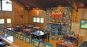 The Remote Cabin Restaurant In Arizona That Serves Up The Most Delicious Food