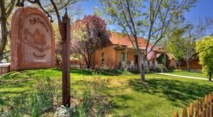 Soak In The Warmth Of Moab, Utah When You Stay In These Cute Cottages
