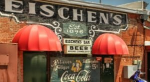Eischen's Is A Hole-In-The-Wall Bar In Oklahoma With Some Of The Best Fried Chicken In The State