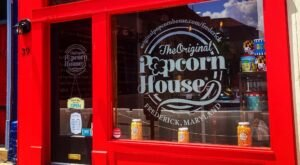 Dozens Of Sweet And Savory Popcorn Flavors Await At The Original Popcorn House In Maryland