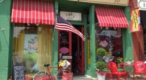 Drink Some Wine While Shopping For Eclectic Gifts At Beetz Me! In Illinois