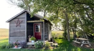 This Bunkhouse Airbnb In Nebraska Is The Ultimate Countryside Getaway