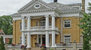 Spent A Night In The Lap Of Luxury When You Book A Stay At The Cartier Mansion In Michigan