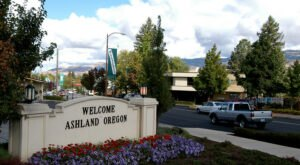 It's Impossible Not To Love The Most Eccentric Town In Oregon, Ashland