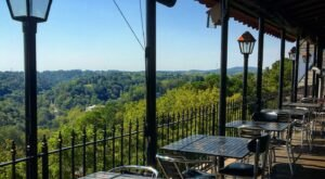 Drink In The Views And Eat A Delicious Pie At The Skybar Pizza In Arkansas