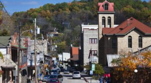 Eureka Springs Is Allegedly One Of Arkansas' Most Haunted Small Towns