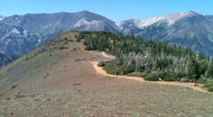 The Gorgeous 1.5-Mile Hike In Oregon's Wallowas That Will Lead You Past A Mountain Summit