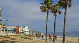 Spend A Day Cycling Down The Coast Of Manhattan Beach And Enjoying The Ocean Waves In Southern California