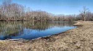 Hike To An Emerald Lagoon On The Easy Credit Island Trail In Iowa