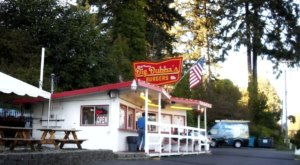 Home Of The 1-Pound Super Burger, Big Bubba's Burgers In Washington Shouldn't Be Passed Up