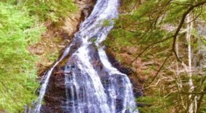 The Moss Glen Falls Trail In Vermont Is A 2.9-Mile Out-And-Back Hike With A Waterfall Finish
