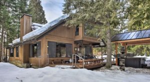 Right On The River, Papa Bear's River Cabin Is The Perfect Family Getaway Spot In Washington