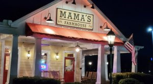 Mama's Farmhouse In Tennessee Serves Up Some Of The Best Home Cooking You'll Find Anywhere In The Country