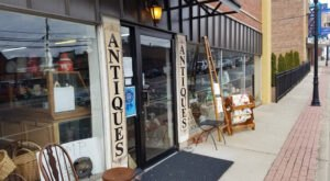 You'll Find All Kinds Of Treasures Inside This Small Town Antique Shop In Alabama