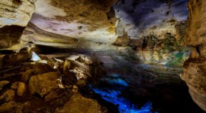 Carlsbad Caverns National Park: An Awe-Inspiring Glimpse Into The Underworld