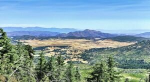 Hike Among The Oaks And Pines At Cuyamaca State Park In Southern California