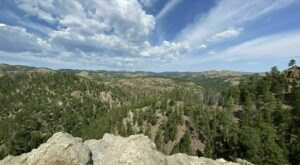 The Magnificent Overlook In South Dakota That's Worthy Of A Little Adventure