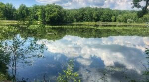 Hike To An Emerald Lake On The Easy Kendall Lake Loop Trail In Ohio
