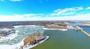 See Unbelievable Images Of The Cumberland River In Kentucky Bizarrely Frozen In Half
