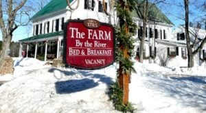 There's A Bed and Breakfast On This Horse Farm In New Hampshire And You Simply Have To Visit
