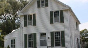 Built In 1758, The Oldest House In West Virginia's Pendleton County Is Now A Museum You Can Visit