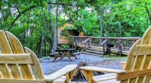 Sleep Among Towering Oaks And Pines At The Getaway 9 Tree House In Arkansas