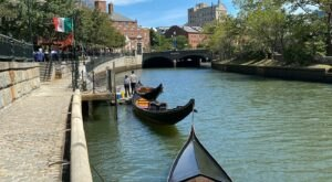 Spend A Perfect Day On This Old-Fashioned Gondola Cruise In Rhode Island