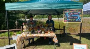 The Barnstead Farmers Market In New Hampshire Features Local Makers And Live Entertainment