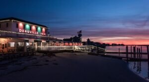 One Of New Jersey's Hidden Gems, You'll See The Most Spectacular Sunsets At This Beachfront Restaurant