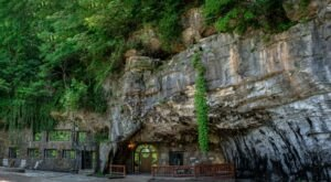 Spend The Night In A Lodge That's Inside An Actual Cave Right Here In Arkansas