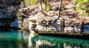 This Hidden Pool In Arkansas Has Some Of The Bluest Water In The State