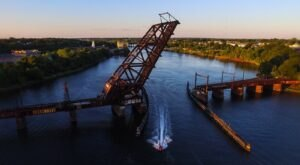 "Rhode Island's ""Stuck Up Bridge"" Just Might Be Its Quirkiest Attraction"