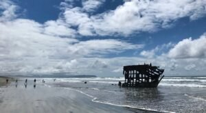 The Awesome Peter Iredale Trail In Oregon Will Take You Straight To Abandoned Ghost Ship