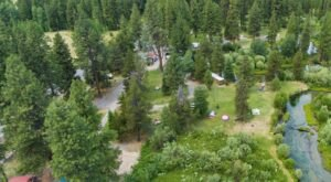 Crater Lake Resort Is A Log Cabin Campground In Oregon That May Just Be Your New Favorite Destination