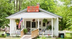 Tennessee's Gap Creek Coffee House Is A Small-Town Gem Located In The Famous Cumberland Gap