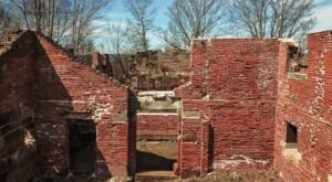 Visit These Fascinating Prison Ruins In Connecticut For An Adventure Into The Past