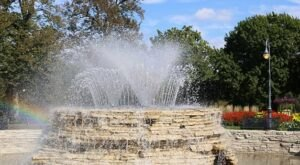 Admission-Free, The Vander Veer Botanical Park In Iowa Is The Perfect Day Trip Destination