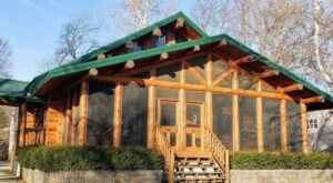 Wake Up To Eagles Right Outside Your Door At This Mississippi River Log Cabin In Iowa