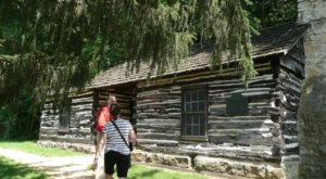 The Oldest Home In Iowa Is An 1820s Log Cabin And Is Truly Something To Marvel Over