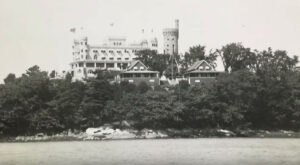 The Story Of Maine's Casco Castle Is Eerie But Fascinating And You Can Still View It