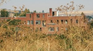 You Can Take A Ghost Tour Of This Old Haunted Hospital In Washington
