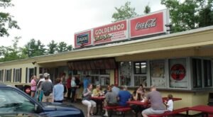 Goldenrod Drive-In Is A Tiny, Old-School Drive-In That Might Be One Of The Best Kept Secrets In New Hampshire